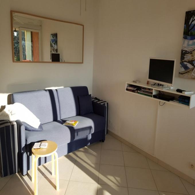 Location de vacances Studio Les salins d hyeres (83400)