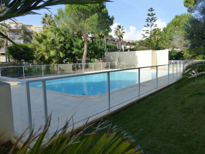 Location de vacances Appartement Hyeres plage (83400)